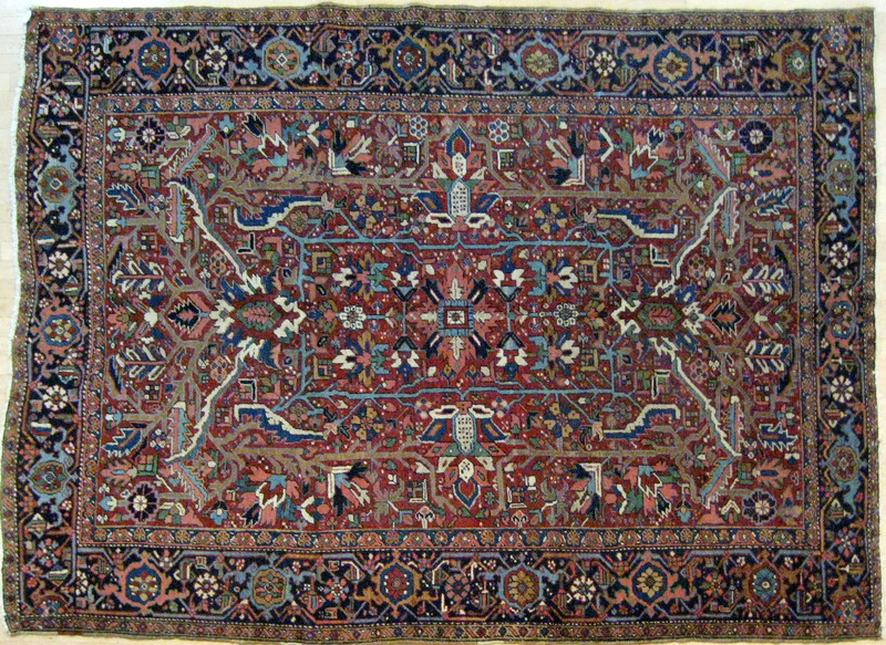 Heriz carpet, ca. 1940, with overall pattern on ae