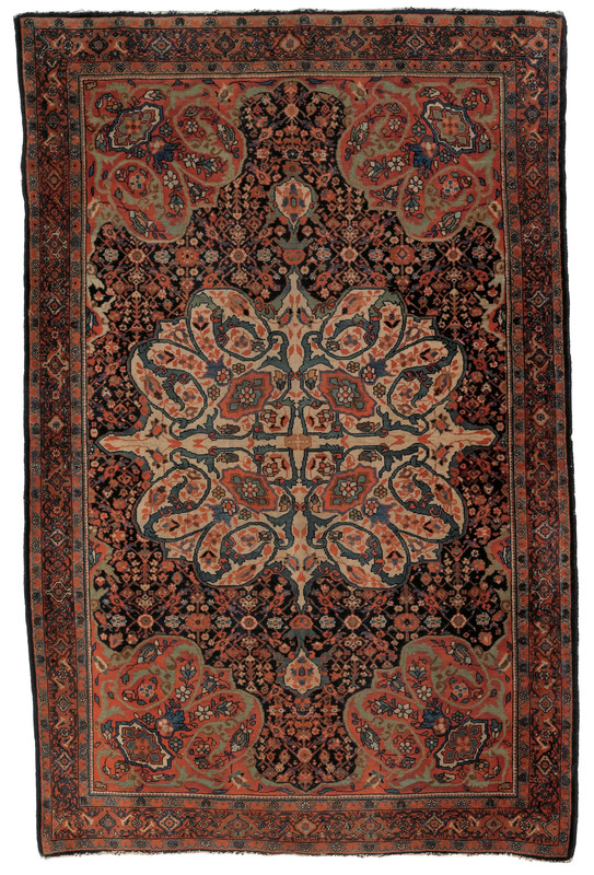 Ferrahan carpet, ca. 1900, with a central ivory me