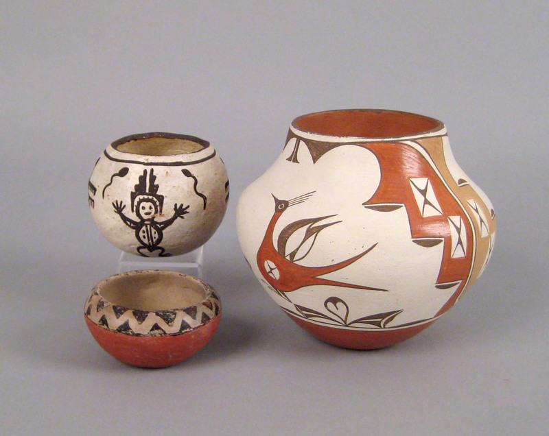 Zia Pueblo pottery olla, signed