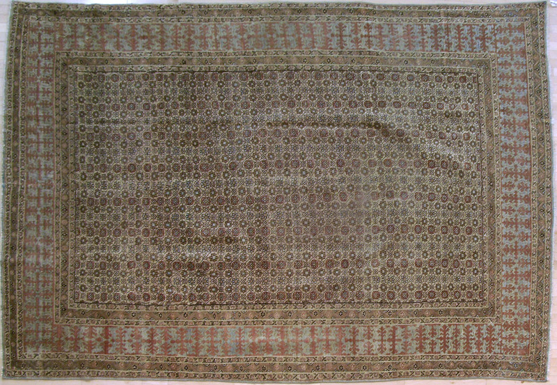 Roomsize Persian carpet, ca. 1910, with overall fl