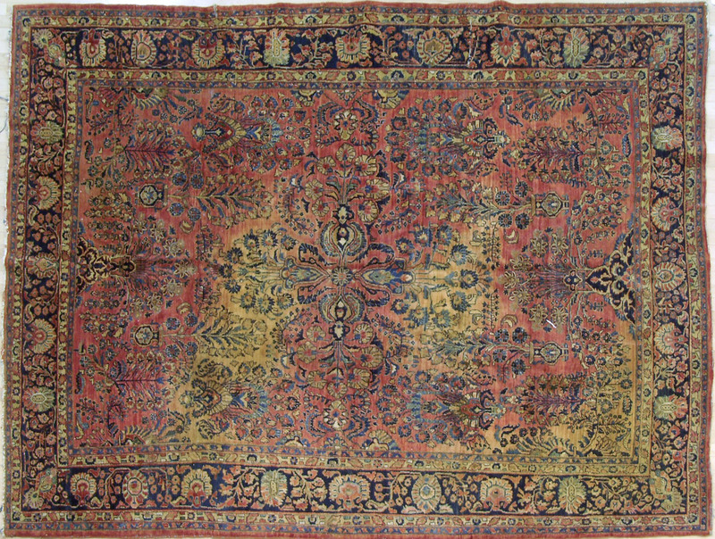 Sarouk roomsize rug, ca. 1920, with overall floral