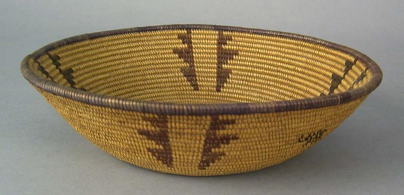 Southwestern coiled basket, ca. 1900, 2 1/2