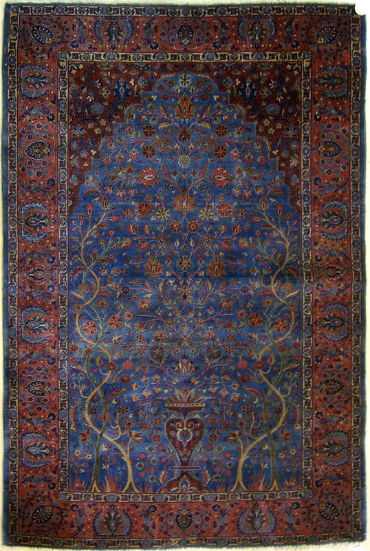 Kashan throw rug, ca. 1920, with floral decoration