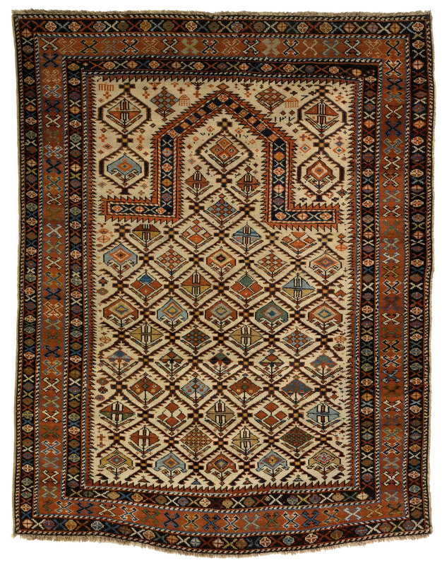 Daghestan prayer rug, late 19th c., with ivory fie