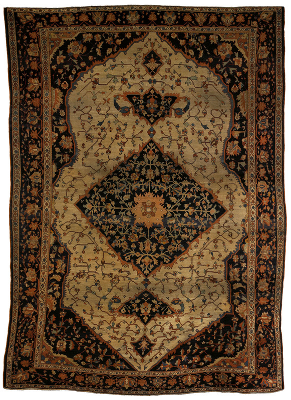 Roomsize Ferraghan rug, late 19th c., with central