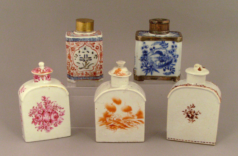 Five Chinese export porcelain tea caddies,late 18t
