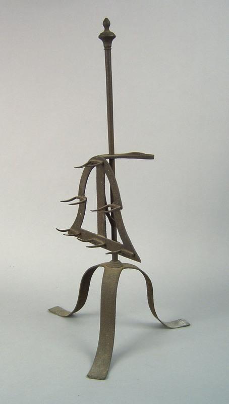 Wrought iron bird spit, ca. 1770, with adjustablea