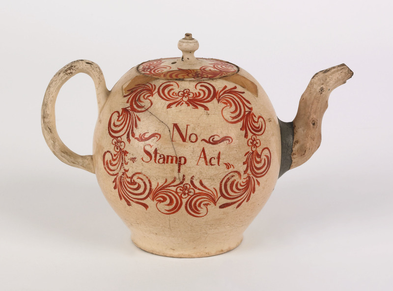 Pre-Revolutionary War English creamware teapot and