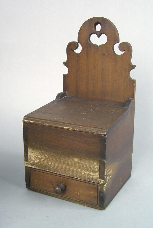Pennsylvania poplar salt box, early 19th c., withe