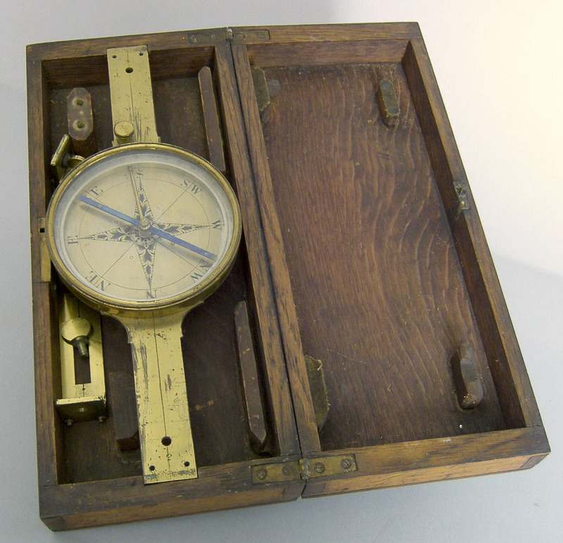 Brass compass, 19th c., with oak case, 13