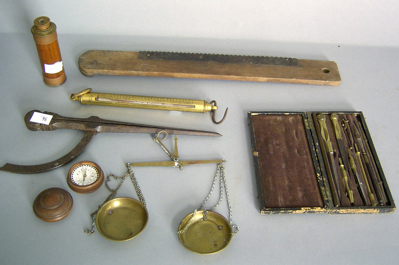 Miscellaneous group of scientific equipment and me
