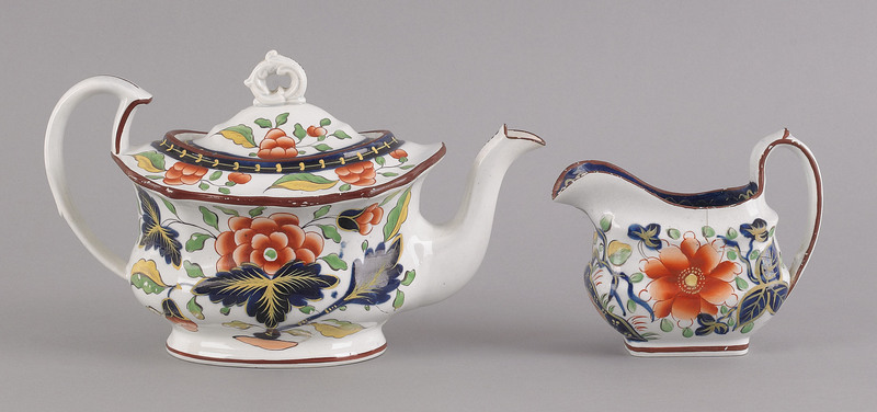 Two pieces of Gaudy Dutch, 19th c., to include a g