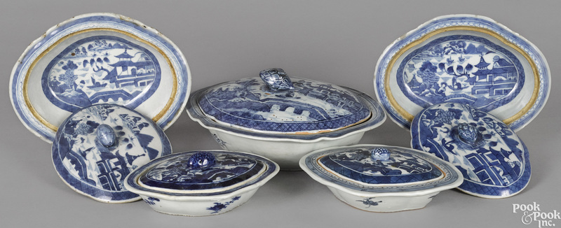 Five Chinese export porcelain Canton vegetables