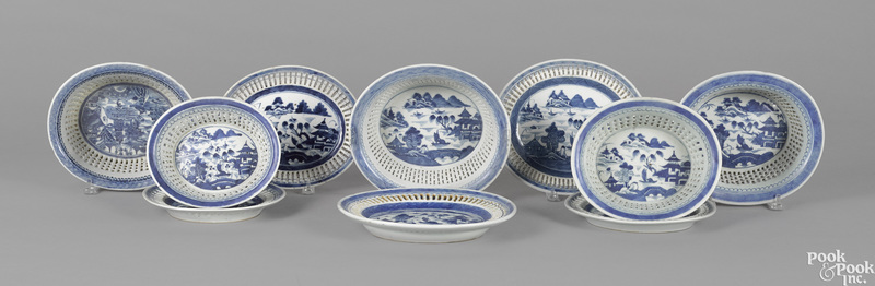 Five Chinese export porcelain Canton baskets