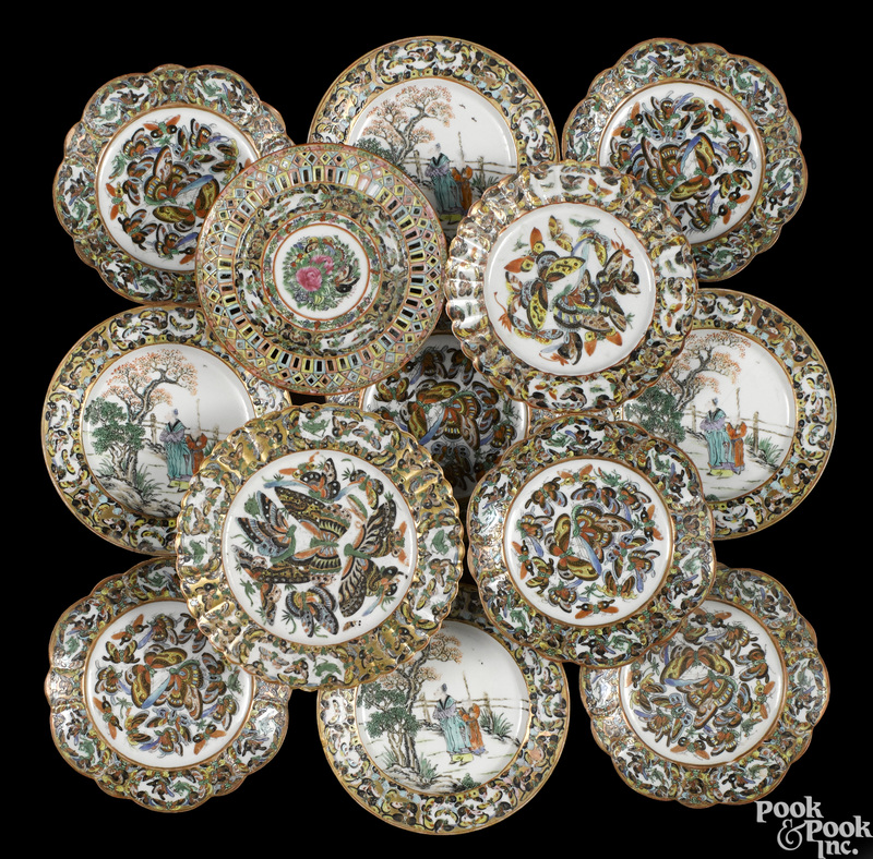 Eight Chinese export porcelain plates
