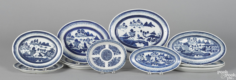 Chinese export porcelain oval trays