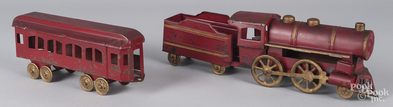 Tin hill climber three-piece train