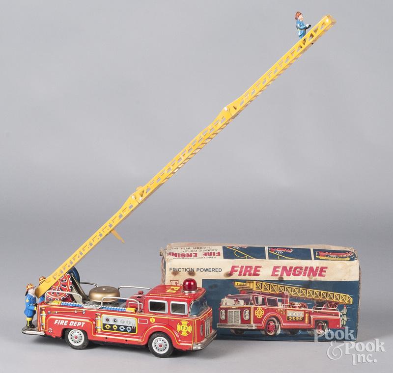Japanese tin litho friction fire engine truck