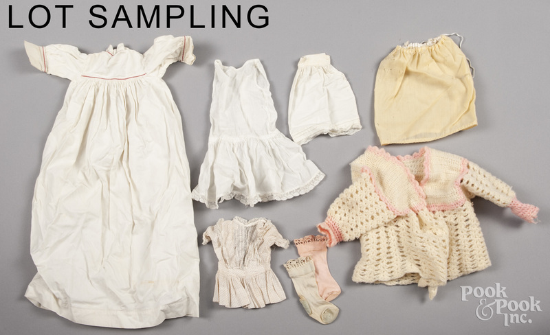 Miscellaneous doll clothing of various sizes