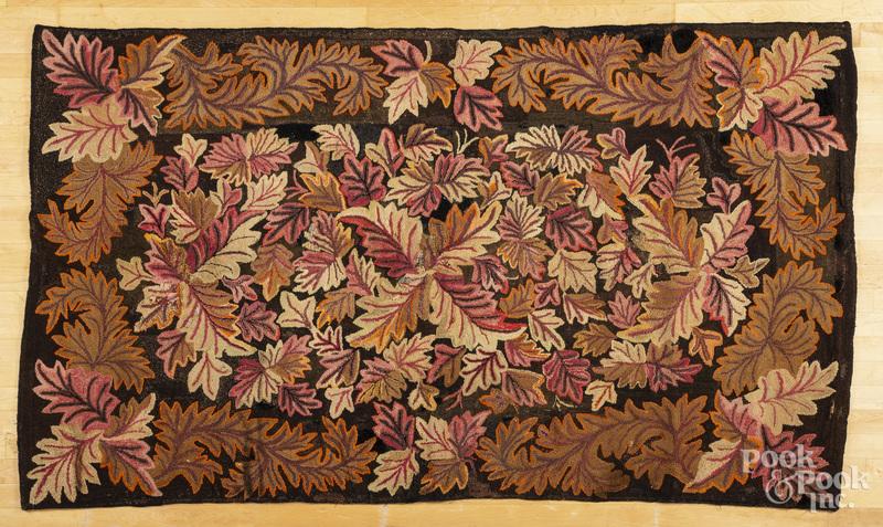 Oak leaf hooked rug