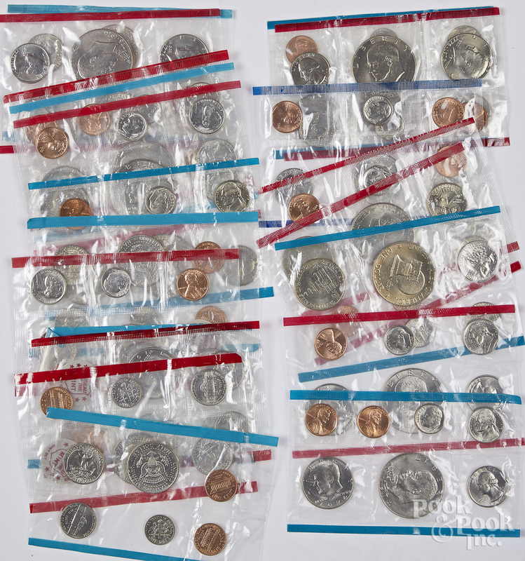 Ten US blue and red mint sets, etc.