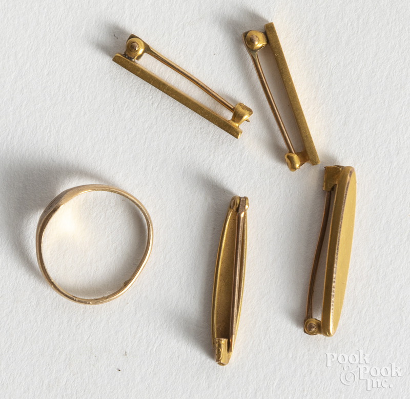 10K gold jewelry, 2 dwt.
