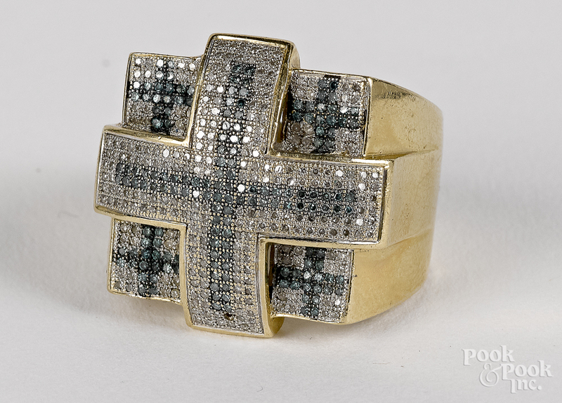 14K gold and diamond ring 7.8 dwt.