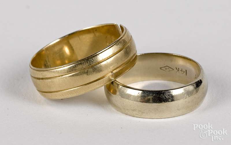 Two 14K gold wedding bands, 6.4 dwt.