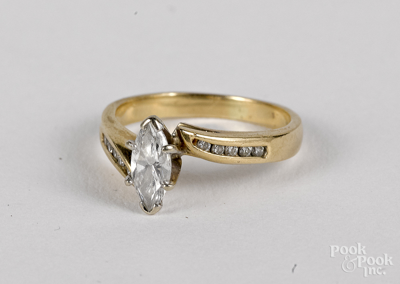 14K gold and diamond ring, 2 dwt.