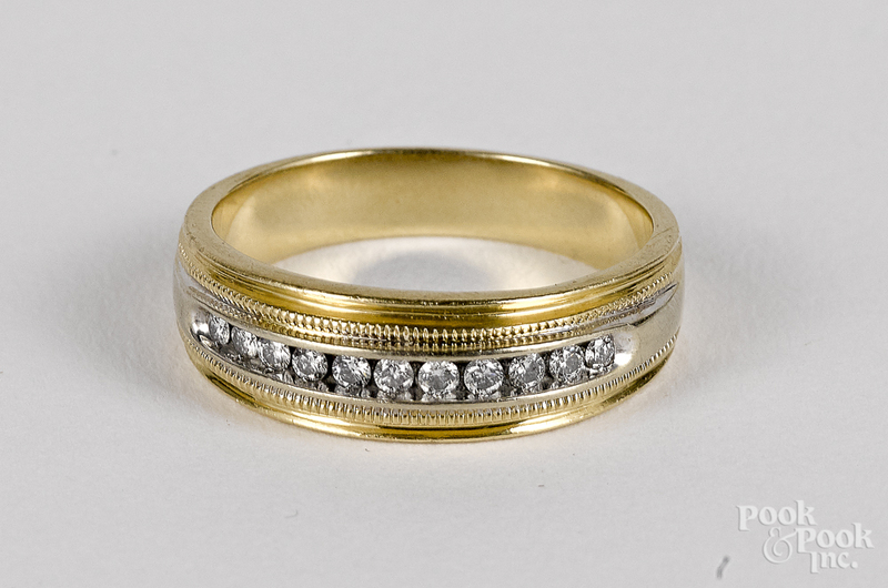 14K gold and diamond ring, 4.3 dwt.