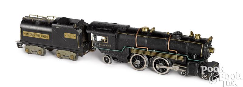 American Flyer #4695 train locomotive and tender