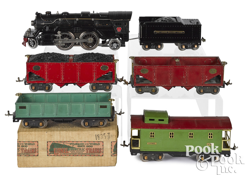 Lionel six-piece train set