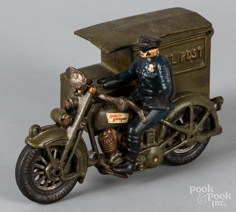 Reproduction cast iron Harley Davidson motorcycle