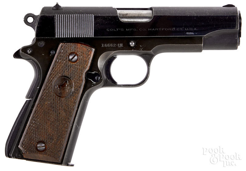 Colt lightweight Commander semi-automatic pistol