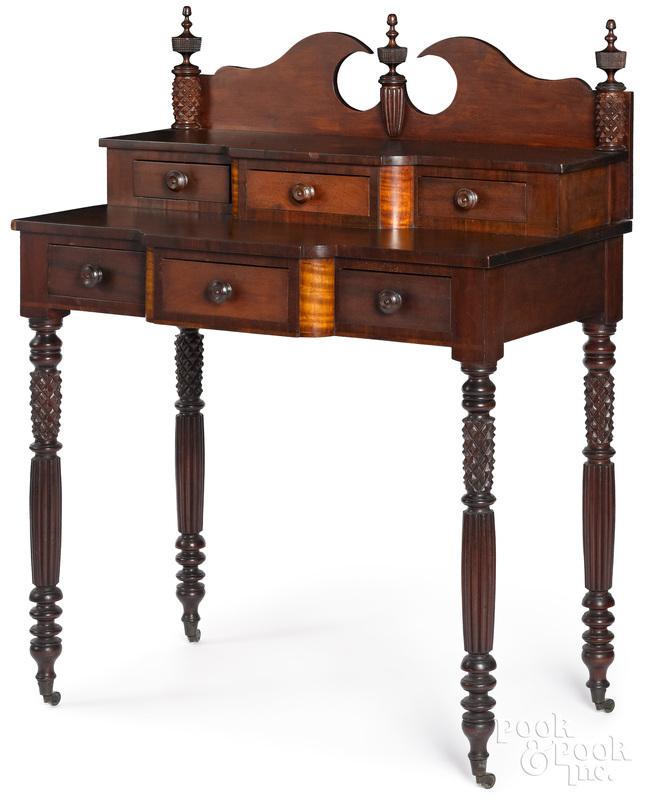 Mid-Atlantic Sheraton mahogany, cherry and curly maple dressing table