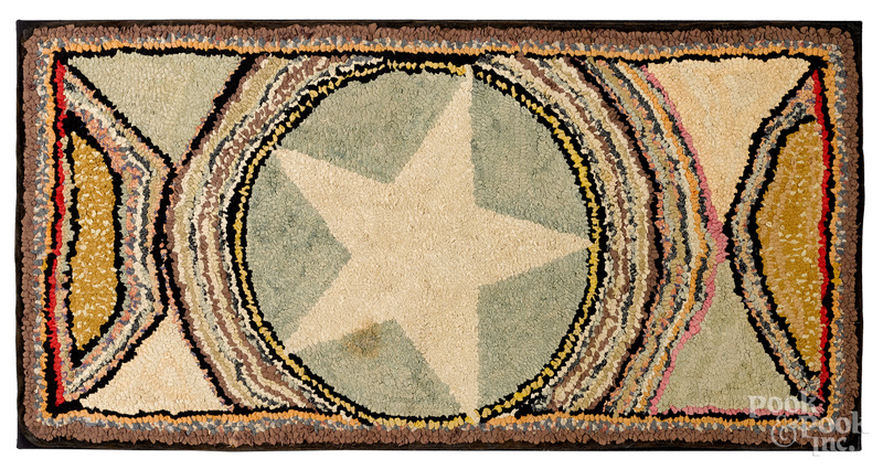 Star hooked rug