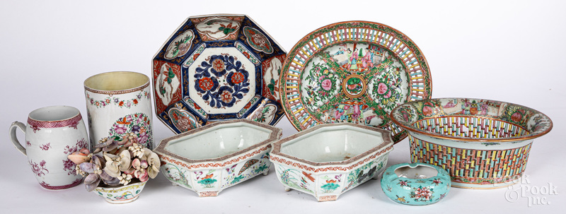 Group of export porcelain, mostly Chinese.