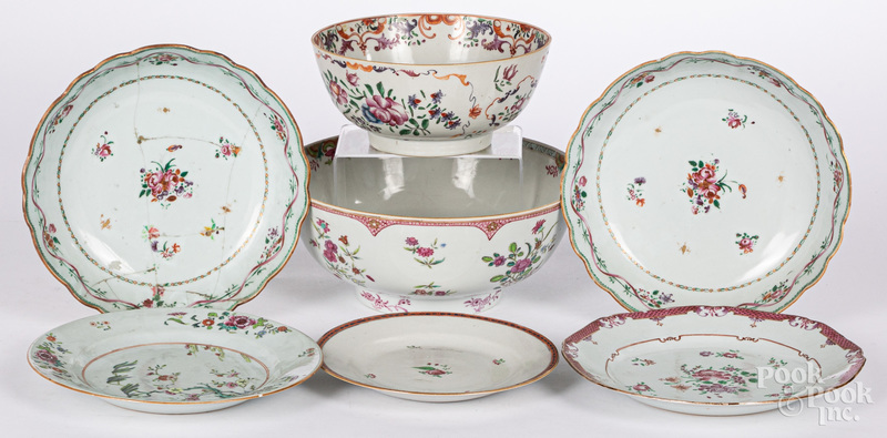 Four Chinese export porcelain bowls