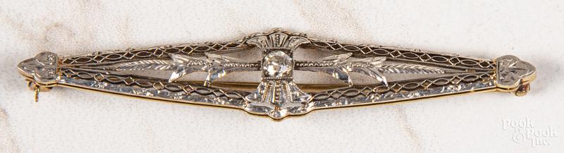 14K gold and platinum diamond filigree brooch