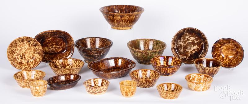 Group of Bennington and Rockingham pottery