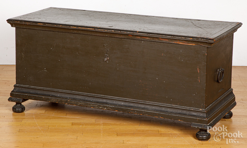 Pennsylvania William and Mary painted dower chest