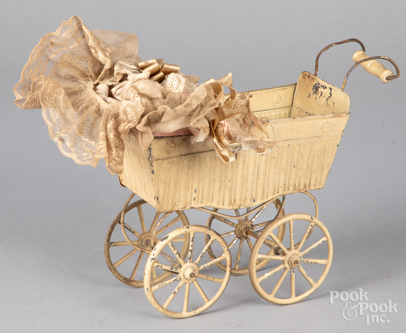 German Goso tin baby carriage