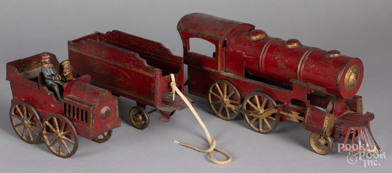 Dayton painted tinplate hillclimber auto, etc.