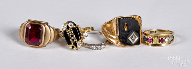10K gold and gemstone jewelry, 19.5 dwt.