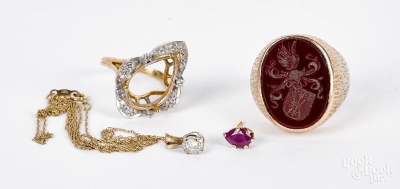 14K gold and gemstone jewelry, 15.9 dwt.
