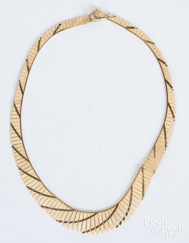 14K gold necklace, 18.6 dwt.