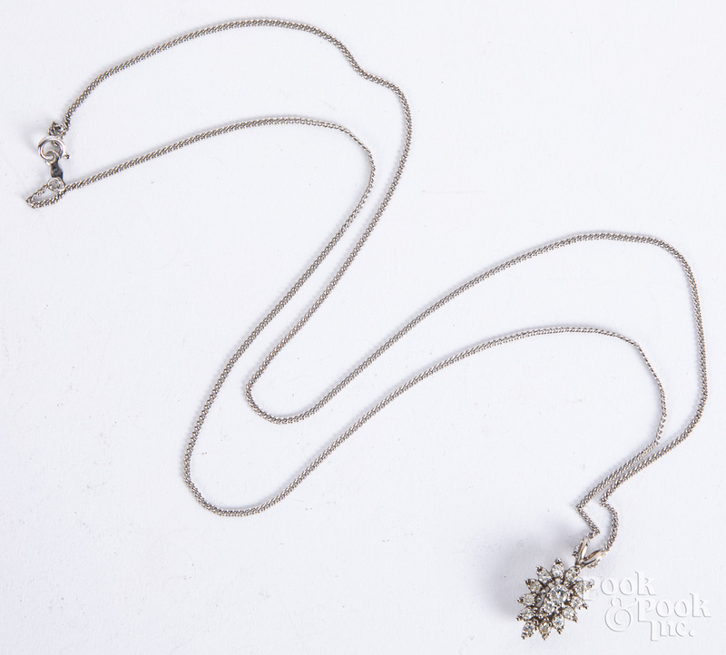 14K gold and diamond necklace, 4 dwt.