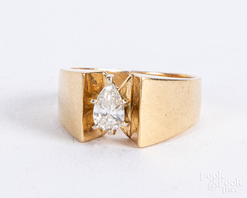 14K gold diamond solitaire ring, size 7 1/2