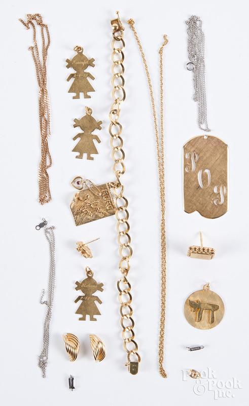 14K gold jewelry, 26 dwt.