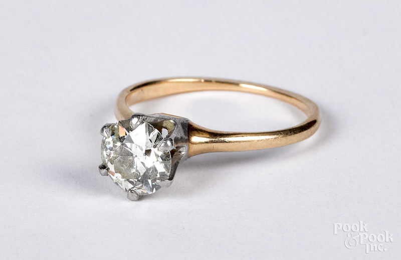 14K gold diamond solitaire ring, size 5 1/2